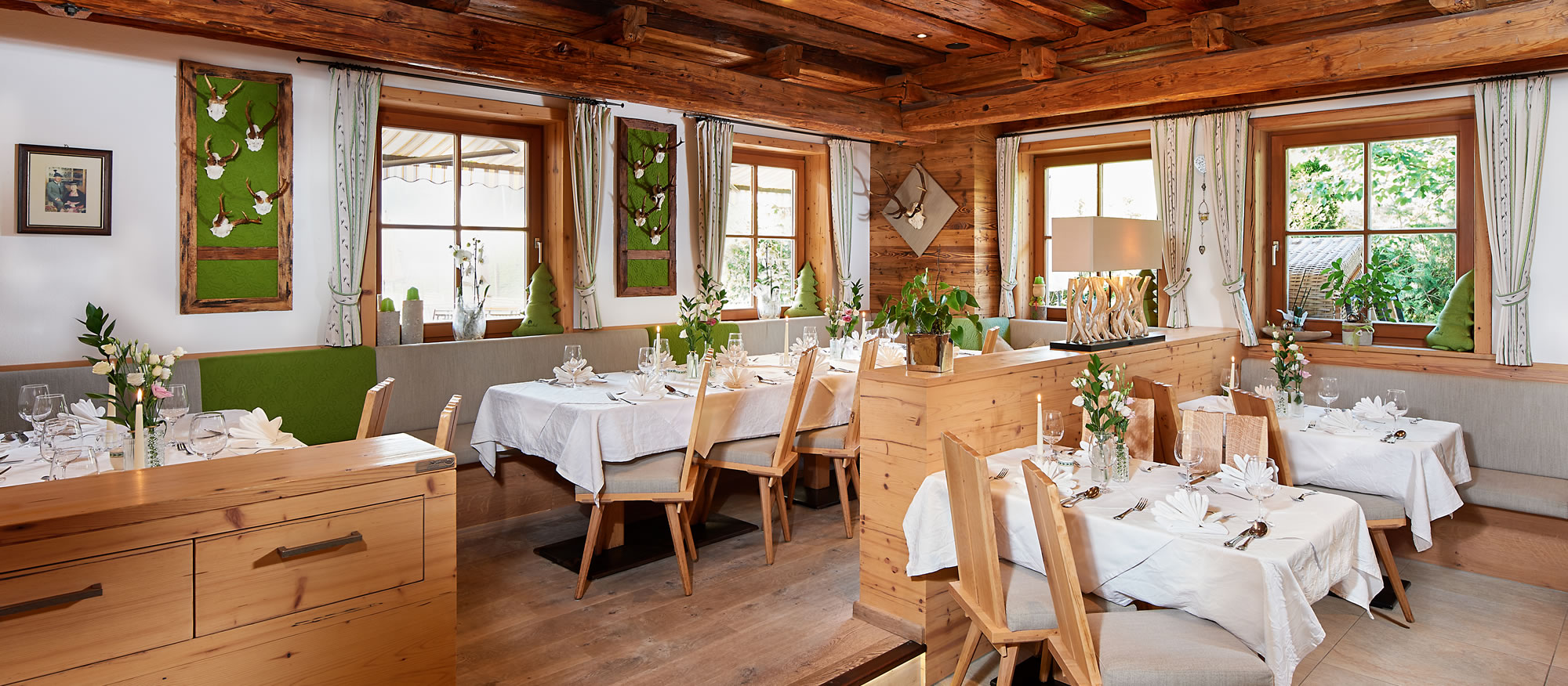 Restaurant mit Stuben in stilvoll-traditionellem Ambiente